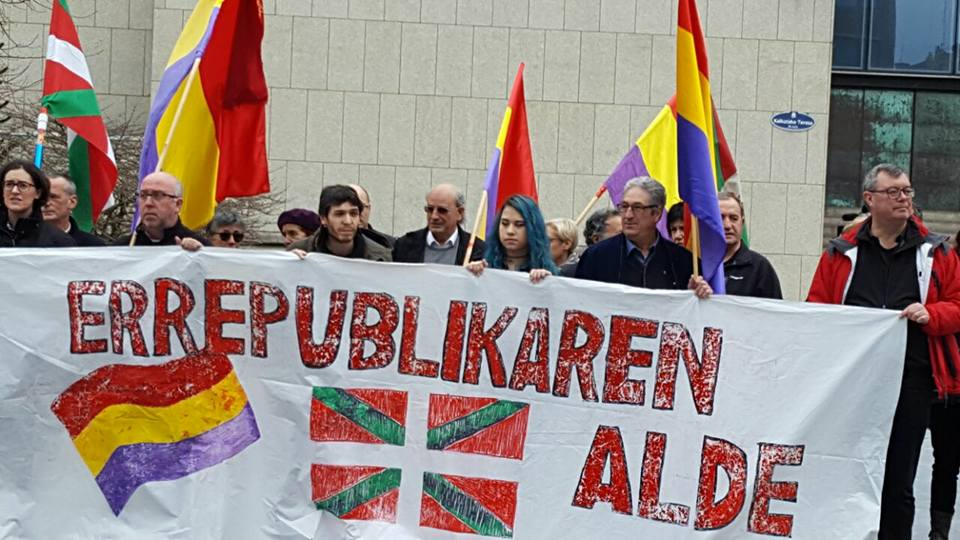 El EPK se suma a las movilizaciones en Donostia contra la corrupción de la monarquía y por la III República