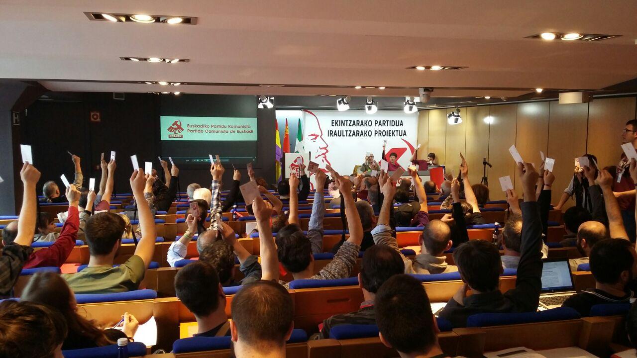 Imágenes del XV Congreso del PCE-EPK