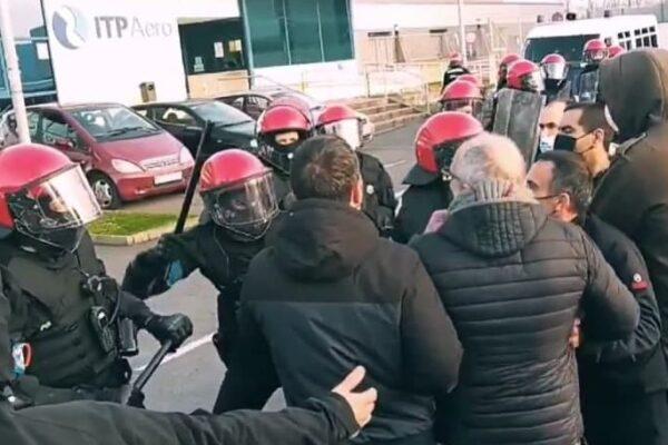 El PCE-EPK condena la actuación de la Ertzaintza en la huelga de PCB y se solidariza con los compañeros agredidos.