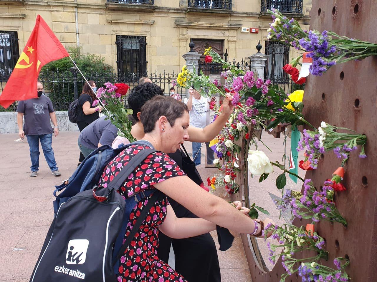 El PCE-EPK participa en los actos de recuerdo a las víctimas del franquismo en Donostia.